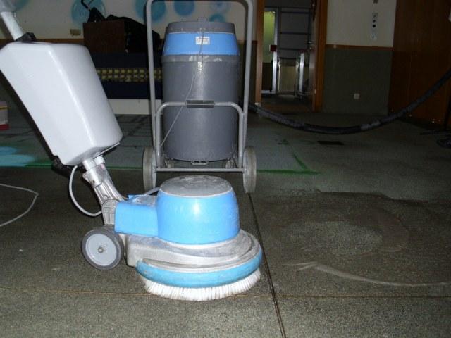 Renovácia strojovým čistením podlahy Bratislava